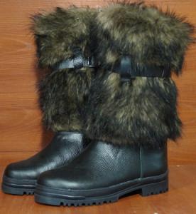 Унты мужские высокие, на войлоке, голенище - под волка, союзка – кожа КРС, внутри - овчина. Размер 40 - 47 оптовая цена 1900 рублей